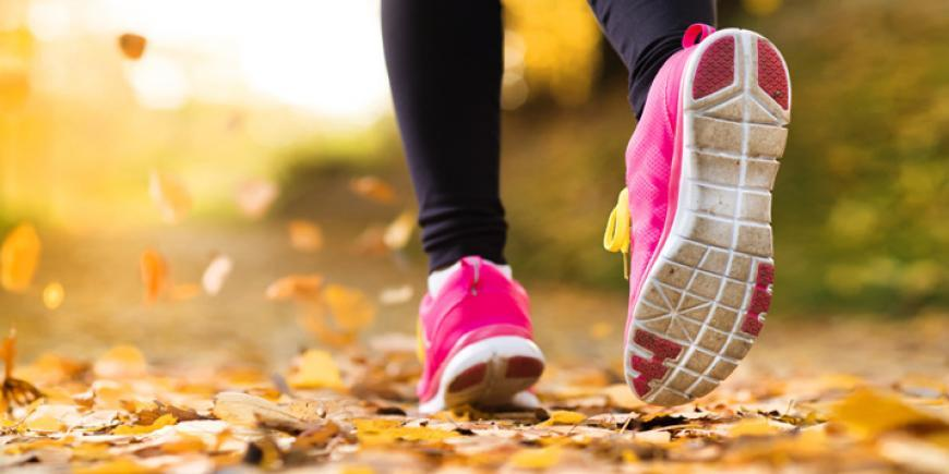 716x358_See_the_Leaves_Break_a_Sweat--A_15-Minute_Outdoor_Workout_for_Autumn