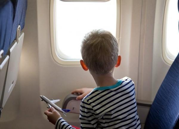 kid_travel_toys