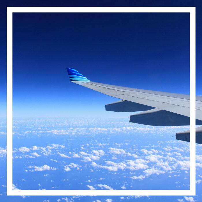 Come far passare il tempo in aereo