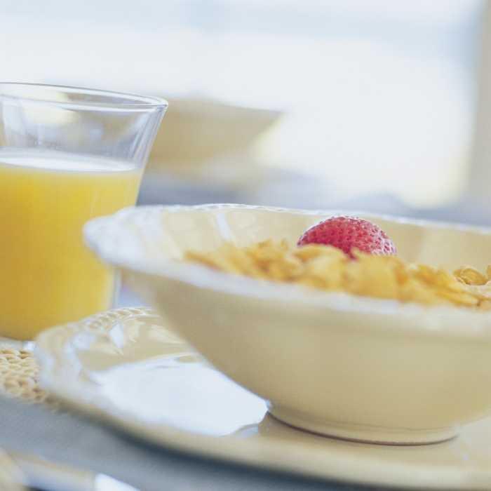 Breakslow: chi fa colazione lentamente è più felice.